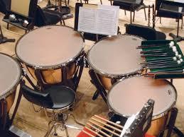 Musik kontemporer adalah istilah dalam bahasa indonesia untuk bidang kegiatan kreatif yang dalam konteks berbahasa inggris paling sering disebut musik baru, musik kontemporer, atau lebih tepatnya, disebut sebagai musik seni kontemporer. 10 Alat Musik Pukul Beserta Penjelasan Dan Contohnya Guratgarut