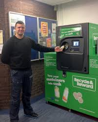 Reverse Vending Machine Recycling Fascinating HeriotWatt Uni On Twitter Reverse Vending Machines Have Arrived