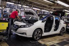2018 nissan leaf pictures. exellent nissan 13 photos 2018 nissan leaf production in oppama  throughout nissan leaf pictures