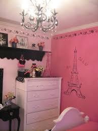Paris Bedroom Wallpaper Vintage Barbie Parisian Room Design Dazzle