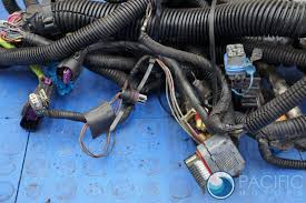 complete engine wire wiring harness lq4 4l60e hummer h2 suv sut complete engine wire wiring harness lq4 4l60e hummer h2 suv sut gmt900 2003 07