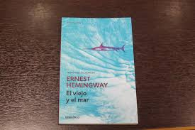 hemingway iceberg the best customer experience strategies are  picarescas ernest hemingway nacioacute en oak park illinois en los estados unidos se dedicoacute a la