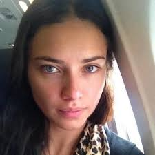 Pin by Evangeline Smith on NATURAL | Adriana lima hair, Adriana lima  makeup, Adriana lima without makeup