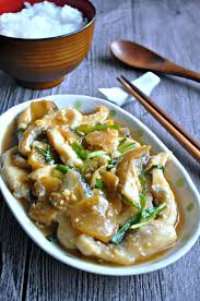 some really velvety spring onion ginger fish fillets that s boneless and with thick savoury gravy where you would need just a small serving of it to go