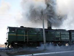 Загрязнение атмосферы Земли Википедия Выброс сажи из выхлопных труб тепловоза 2ТЭ10М