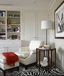 ... Cozy reading corner in black and white [Design: BNL-Interior Design]