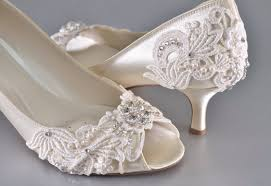 Woman S Low Heel Wedding Shoes Woman S Vintage Wedding Lace Peep