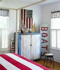 flag bedroom and large boats sign