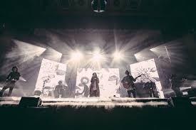 nashville tn grammy nominated artist and worship leader kari jobe hit the road for the garden tour this year in support of her highly antited al
