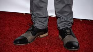 Q: What color shoes go well with grey pants?