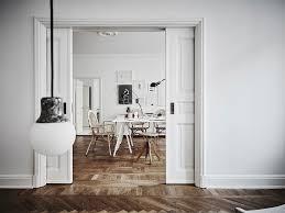 Casa spaziosa e accogliente con bellissimi pavimenti alti
