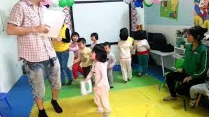 Học tiếng anh trẻ em với người nước ngoài. - YouTube
