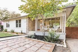 mid century modern front porch. 3208 Cherrywood Austin Design And Staging, Exterior Mid Century Modern Porch, Modest Ranch Front Porch N