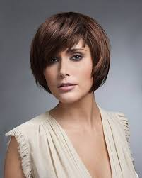 how to choose short haircuts for round faces in diffe look