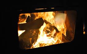 Feuer In Einem Kamin Anzünden Wikihow