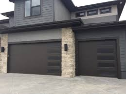 design a garage door if dc 138 in flush design with obscure glass in a vertical