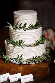 Simple Three Tier Wedding Cake With Greenery Rings Wedding Day