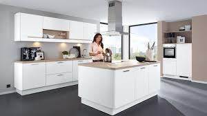 20 Großartig Kleine Küche Mit Kücheninsel Dekoration Ideen