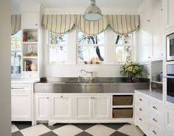 8 Top Hardware Styles for Shaker Kitchen Cabinets