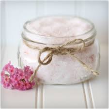 Decorative Jars For Bath Salts 60 Creative DIY Christmas Gifts in a Jar 21