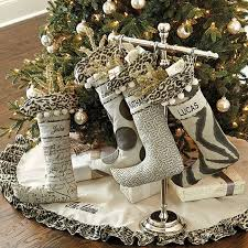 Christmas Decorations Designer 100 Stylish Christmas Décor Ideas In Grey Color and French Chic 75