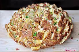 Cheesy Pull Apart Bread With Bacon Garlic Cheddar Swiss