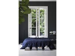 Camera Da Letto Grigio Bianco : Arredare la camera da letto con il nero grazia