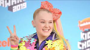 JoJo Siwa comes out: YouTube star opens ...