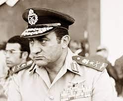 رحل حسني مبارك تاركا الحكم على مسيرته للتاريخ |