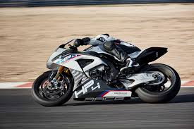 2018 bmw hp4 race price. plain hp4 we havenu0027t seen pricing details from bmw motorrad usa thus far but  european seems set at 68000  u20ac80000 for the uk and eu markets respectively on 2018 bmw hp4 race price 2