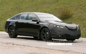 Spy shots of the 2009 Acura TL