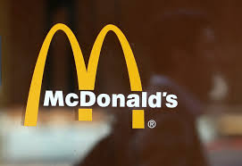 Mcdonald S Is Taking Cheeseburgers Out Of Happy Meals Simplemost