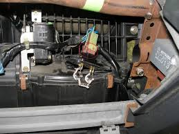 blower motors works on speeds 3 4 but not 1 2 fix how to 7 here s the old resistor it was only broken by the naked eye b c i tossed it aside when i first pulled it out it was all together