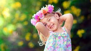 Cute Small Girl Smile HD wallpaper