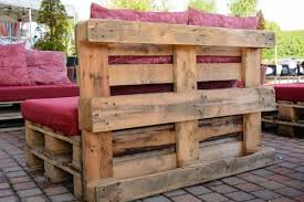 using pallets to make furniture. This Photo Shows How You Can Use Pallets To Create A Perfect Pallet Garden Corner Sofa. Keep That Rustic Feel Any Of The Furniture By Leaving Using Make