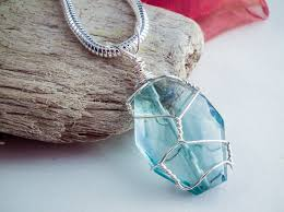 diy wire wrapped pendant tutorial