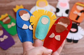 use your cricut maker to make these cute no sew felt nativity finger puppets the cricut design space link is included in the tutorial post so you are ready