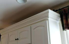 cabinets to ceiling kitchen amazing install crown molding on kitchen how to install crown molding