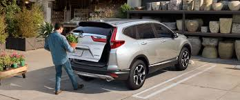2018 Honda Crv Dome Light 2018 Honda Cr V New Cr V Features Miami Valley Honda Dealers