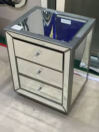 venetian console side table in perfect condition with matching crest mirror nicely carved manually inlaid with imitation silver leaf see photo in