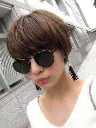 石川 瑠利子さんのヘアカタログ 外国人風アッシュハイライト