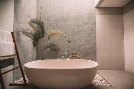 How To Master The Minimalist Luxury Look In Your Bathroom Best Bathroom Refresh Minimalist