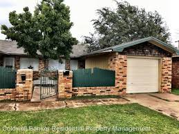 2 Bedroom Houses For Rent In Lubbock Tx By 5510 13th St A For Rent Lubbock