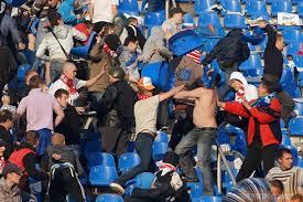 фото драки фанатов футбола