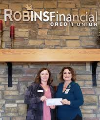 Robins Financial Credit Union sponsors Forsythia Festival - CUInsight