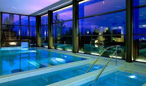 Piastrelle Antiscivolo Per Piscina : Pavimenti in gres porcellanato per piscine