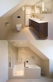Kreativ Badezimmer Mit Schräge Für Die Gestaltung Moderner Häuser