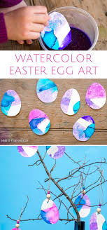 easy easter crafts for two year olds. watercolor dipped painted easter egg art project for kids. easy crafts two year olds