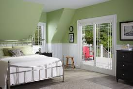 Green And White Master Bedroom Design Idea Featured Beautiful Double ...