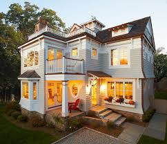 exterior paint ideas for beach cottages. beach cottage. light gray home paint color. owl by benjamin moore, oc-52. exterior ideas for cottages l
